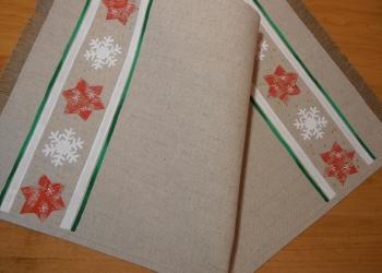 Obrus s vianočným motívom